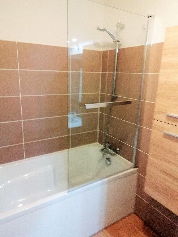 Appartement à louer 4 88m2 à Saint-Nazaire vignette-4