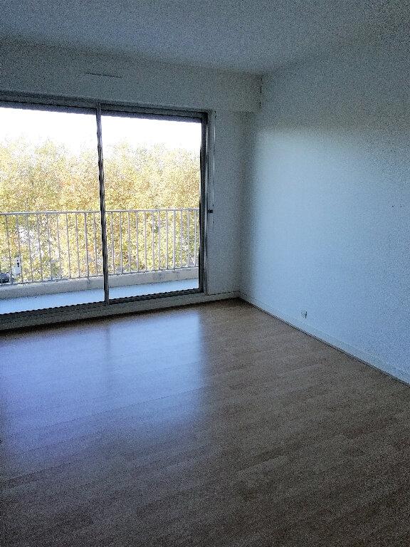 Appartement à louer 4 88m2 à Saint-Nazaire vignette-5