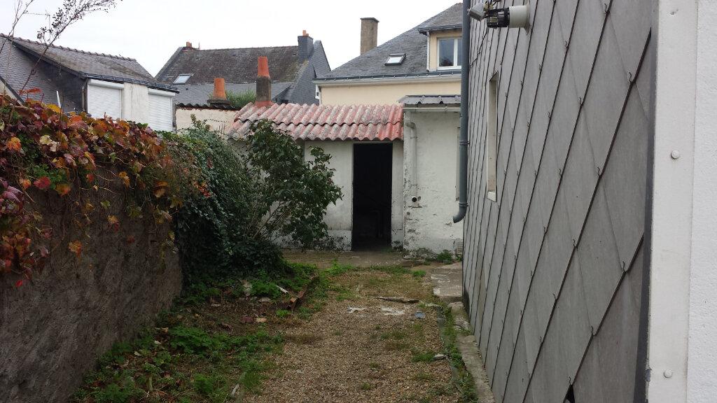 Immeuble à vendre 0 180m2 à Saint-Nazaire vignette-7