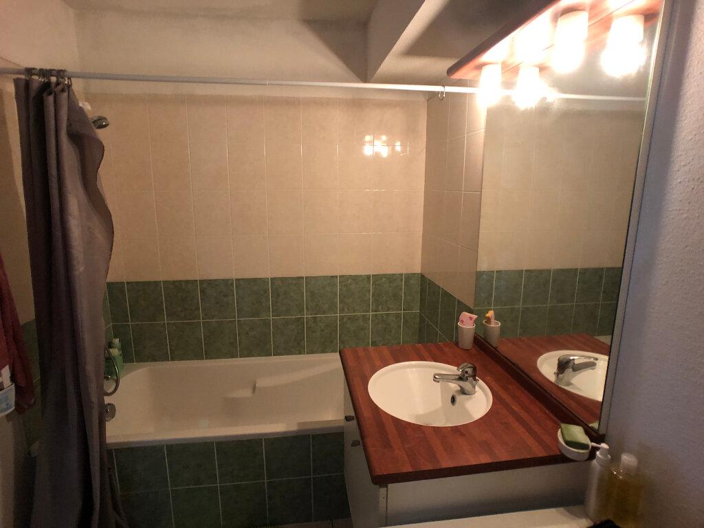 Appartement à louer 2 45m2 à Bono vignette-6