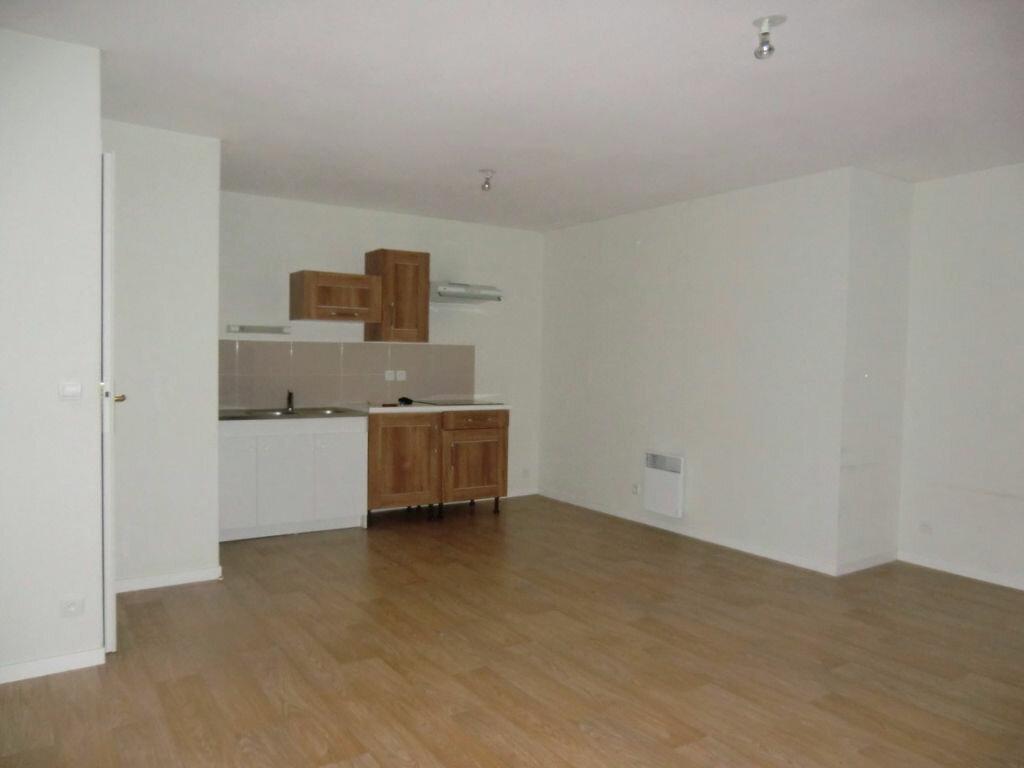 Appartement à louer 2 45m2 à Brech vignette-2