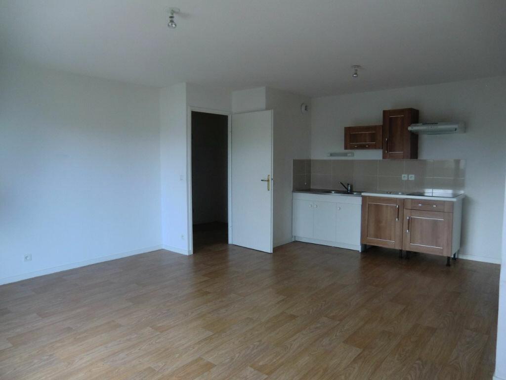 Appartement à louer 2 45m2 à Brech vignette-3