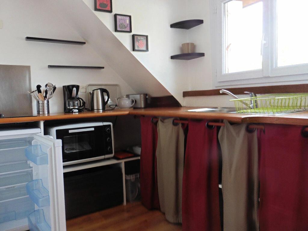 Appartement à louer 2 27m2 à Auray vignette-3