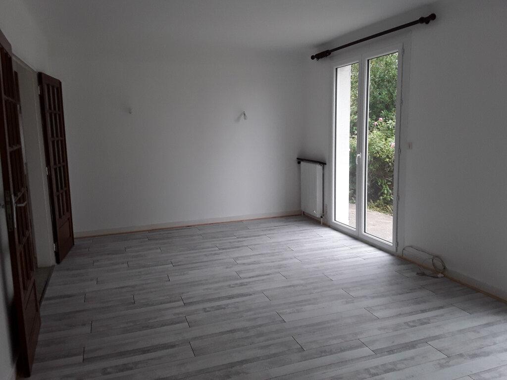 Maison à louer 5 95m2 à Ploeren vignette-3