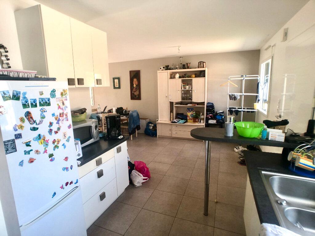 Maison à louer 5 102m2 à Pluneret vignette-3