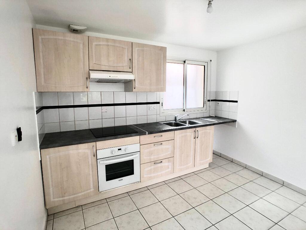 Appartement à louer 2 67.04m2 à Auray vignette-1
