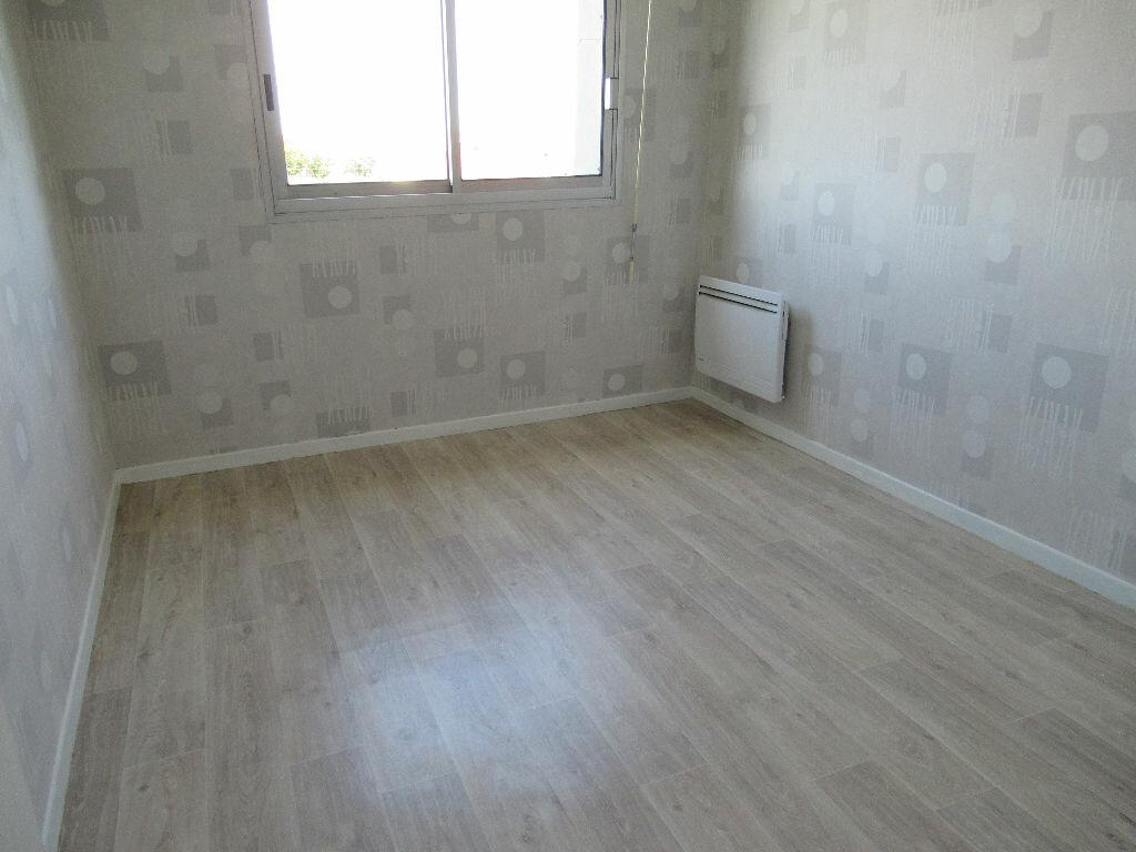 Appartement à louer 2 41.95m2 à Cucq vignette-2