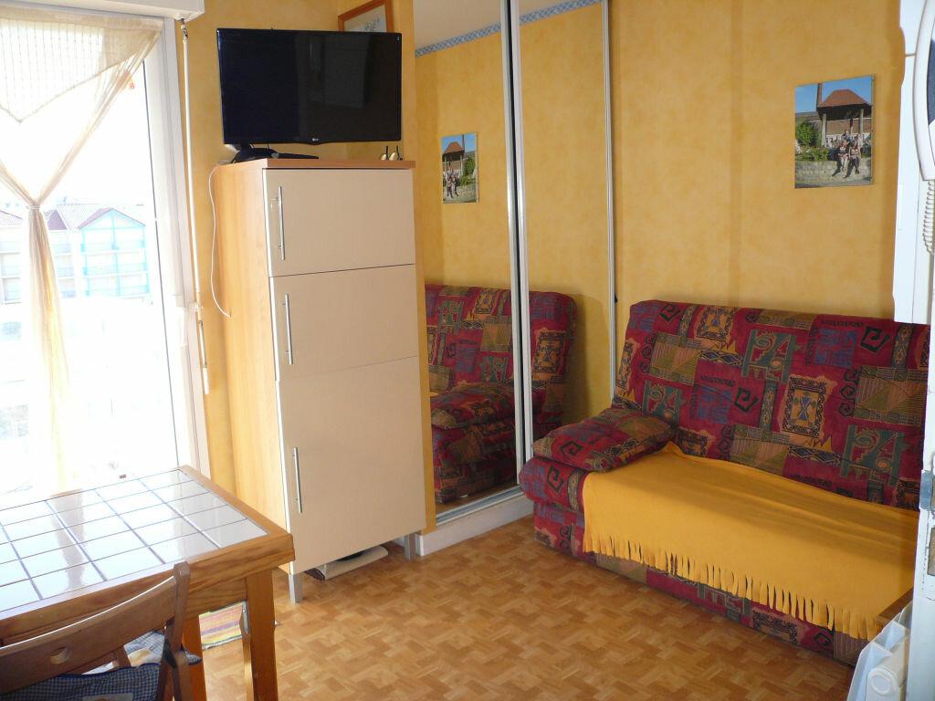Appartement à vendre 1 12m2 à Cucq vignette-2