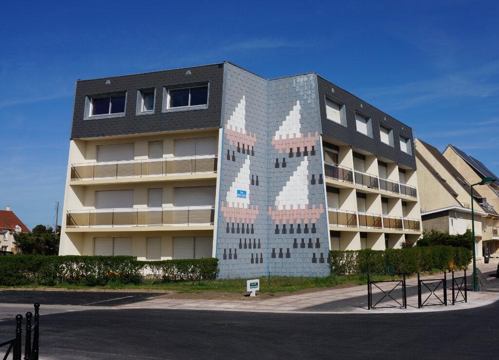 Appartement à louer 1 26m2 à Cucq vignette-1