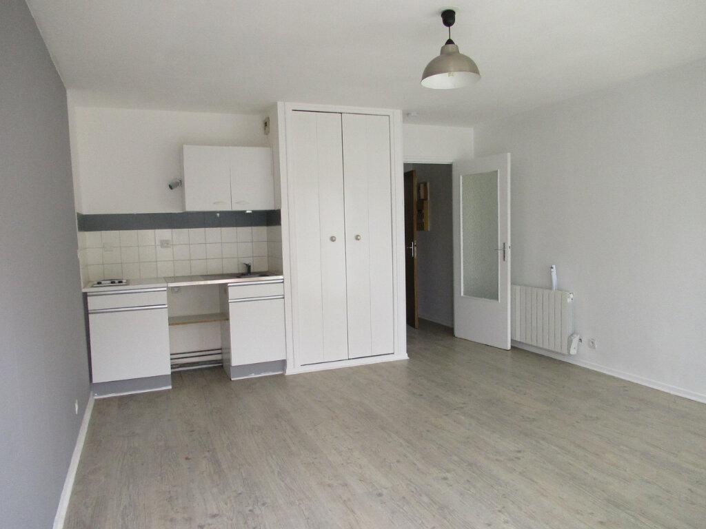 Appartement à louer 1 26m2 à Cucq vignette-2