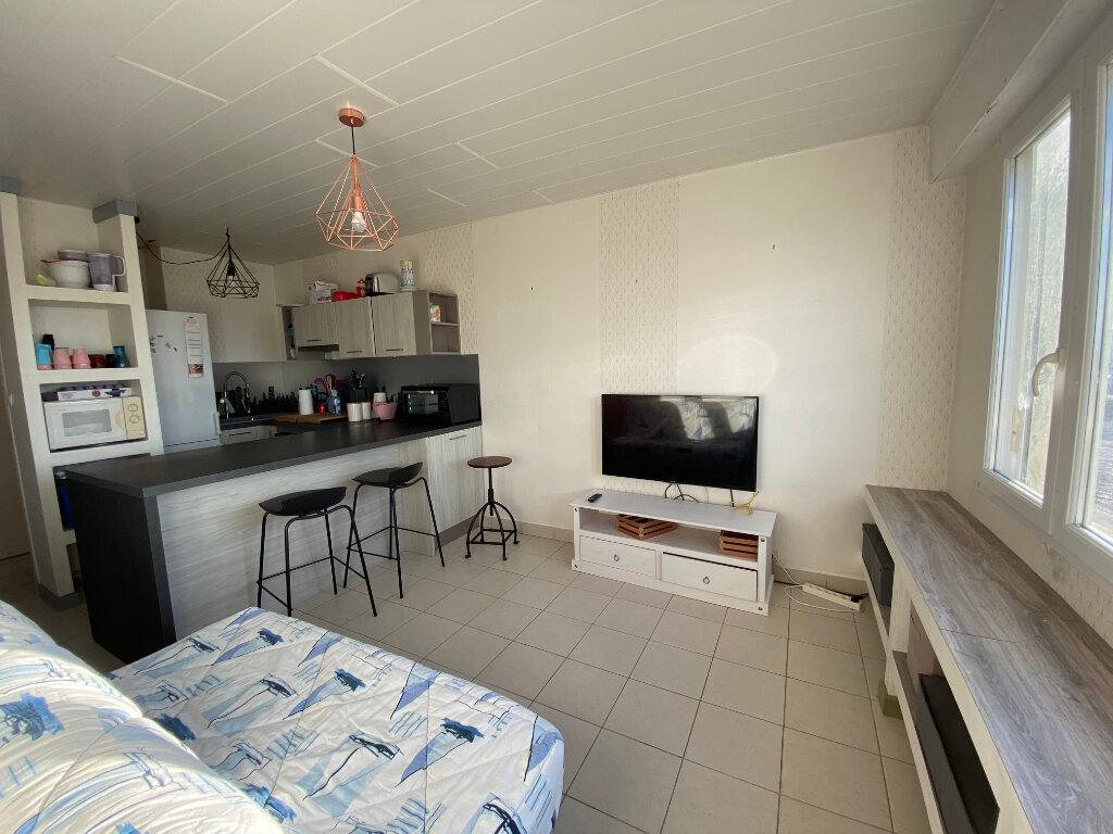 Appartement à louer 2 35m2 à Cucq vignette-1
