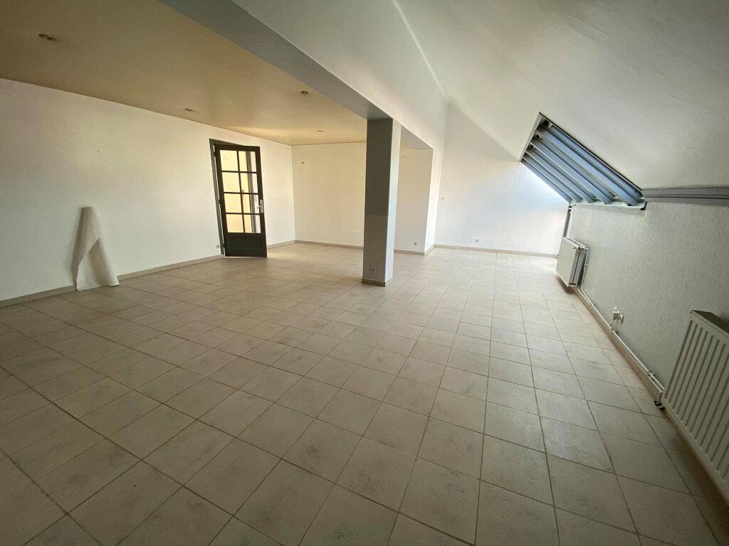 Appartement à louer 4 136m2 à Étaples vignette-6