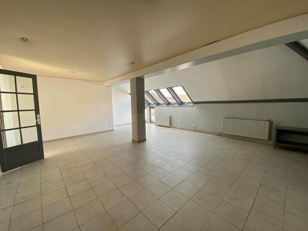 Appartement à louer 4 136m2 à Étaples vignette-7