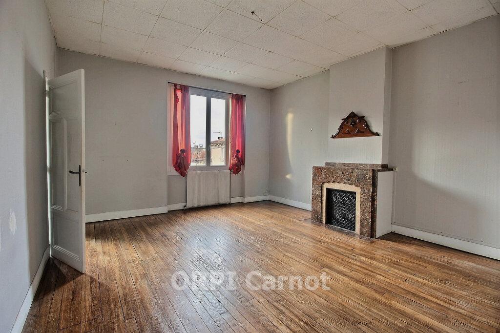 Appartement à louer 5 122.7m2 à Castres vignette-2