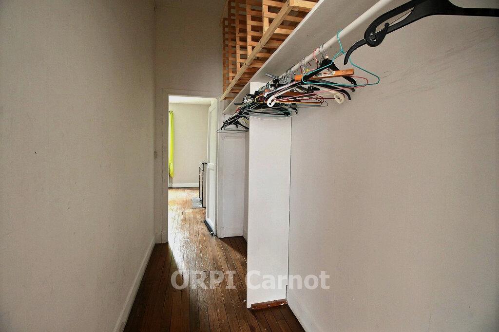 Appartement à louer 5 122.7m2 à Castres vignette-4