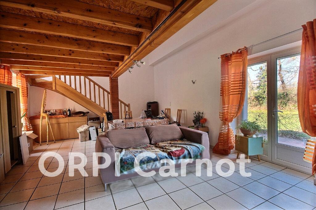 Maison à louer 3 100m2 à Lagarrigue vignette-1