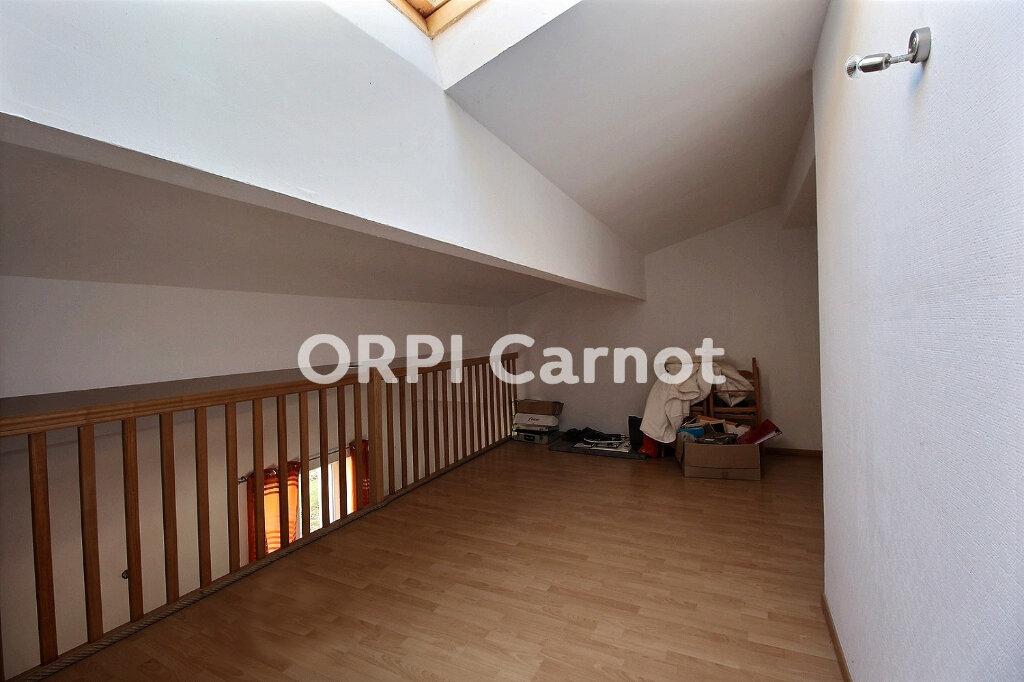 Maison à louer 3 100m2 à Lagarrigue vignette-6
