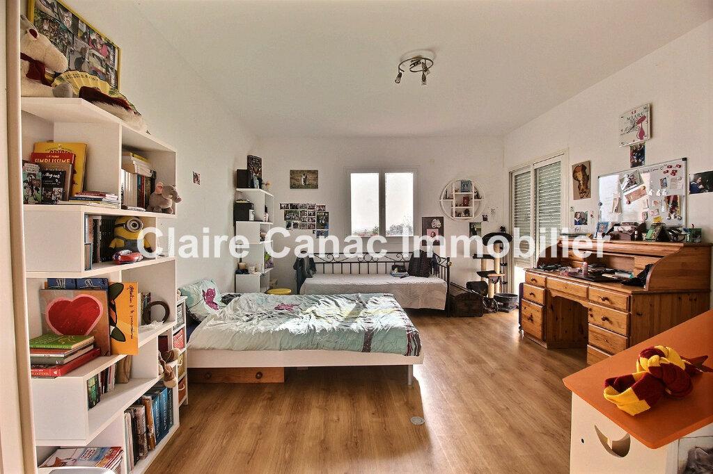 Maison à louer 8 230m2 à Castres vignette-6