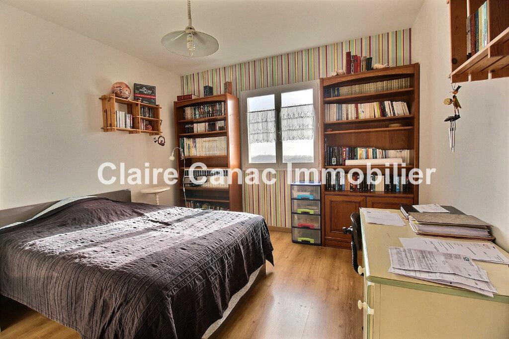 Maison à louer 8 230m2 à Castres vignette-8