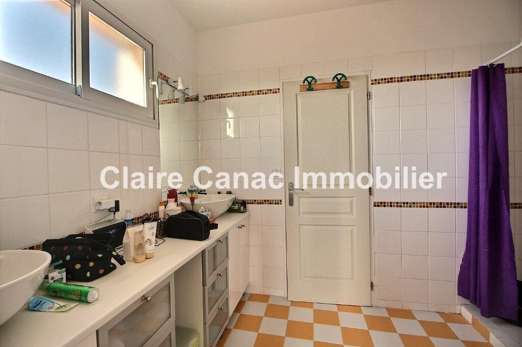 Maison à louer 8 230m2 à Castres vignette-11