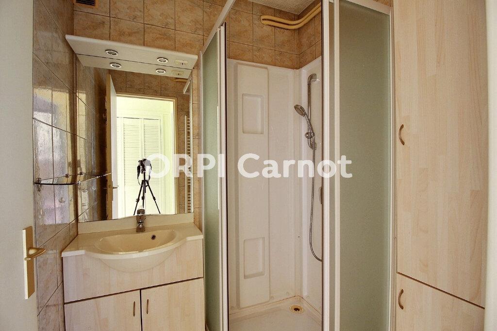 Appartement à louer 3 64m2 à Castres vignette-6