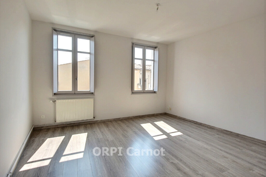 Appartement à louer 4 91m2 à Castres vignette-2