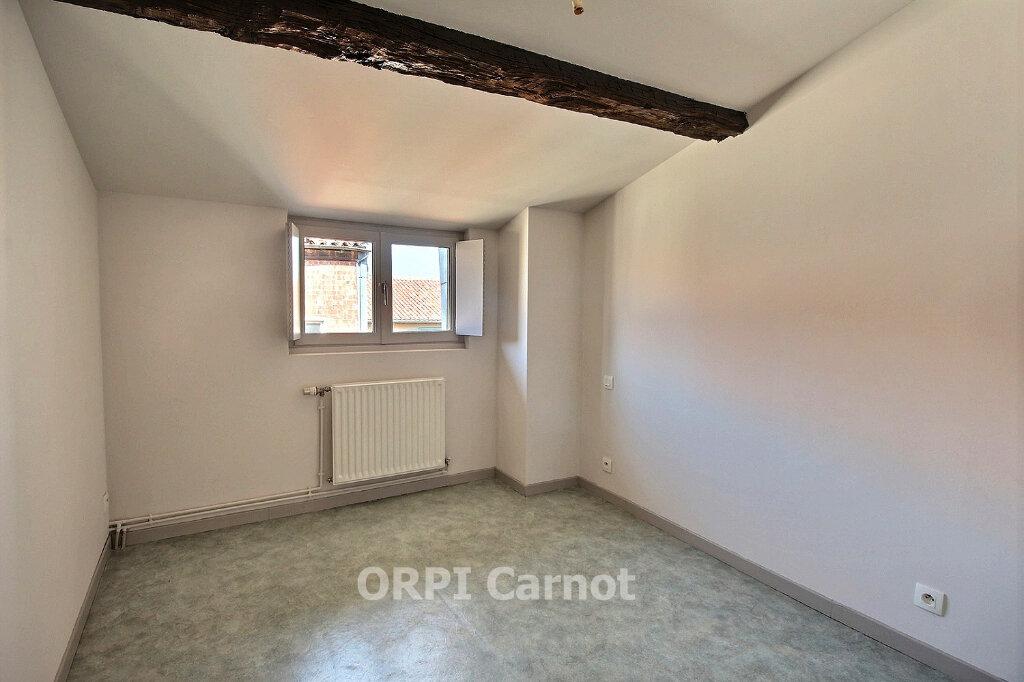 Appartement à louer 4 91m2 à Castres vignette-4