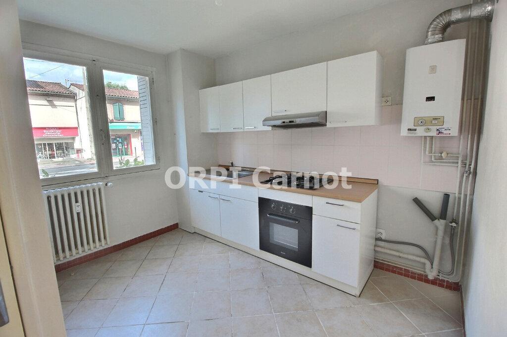 Appartement à louer 3 73m2 à Castres vignette-1
