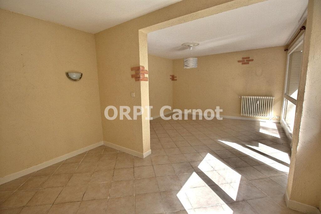 Appartement à louer 3 73m2 à Castres vignette-4