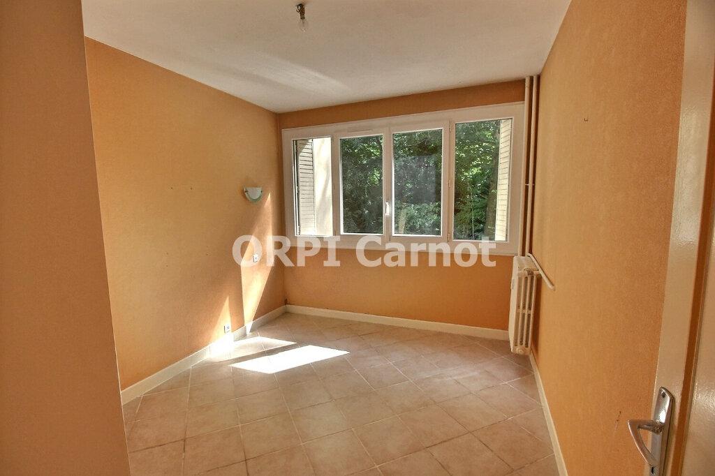 Appartement à louer 3 73m2 à Castres vignette-5