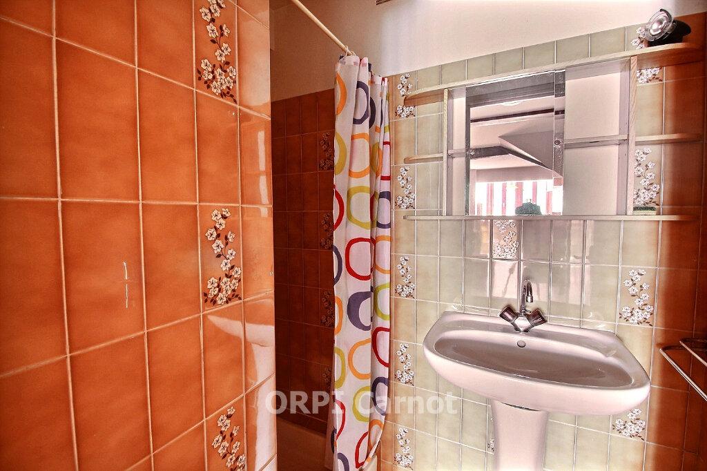 Appartement à louer 1 26m2 à Castres vignette-4