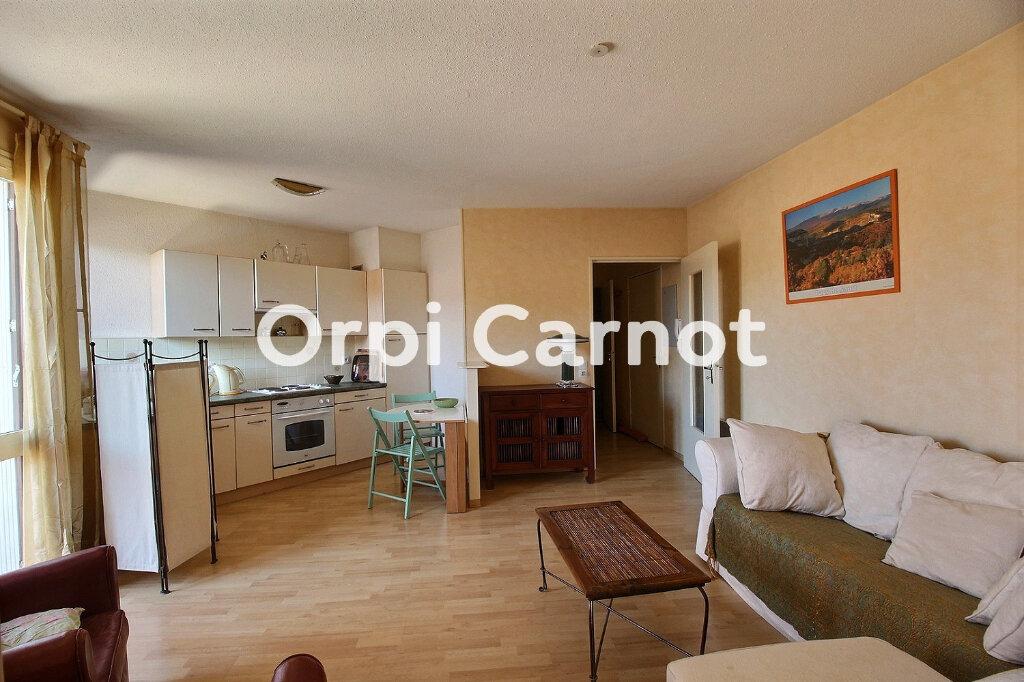 Appartement à louer 2 38m2 à Castres vignette-1