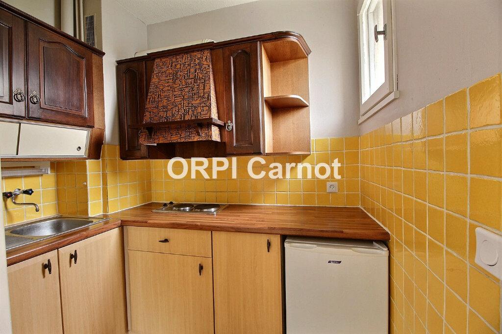 Appartement à louer 2 35m2 à Castres vignette-3