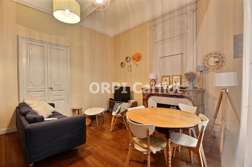Appartement à louer 2 60m2 à Castres vignette-2