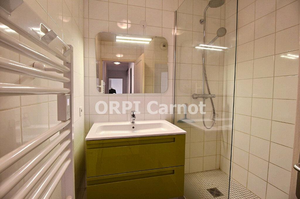 Appartement à louer 3 67m2 à Castres vignette-5