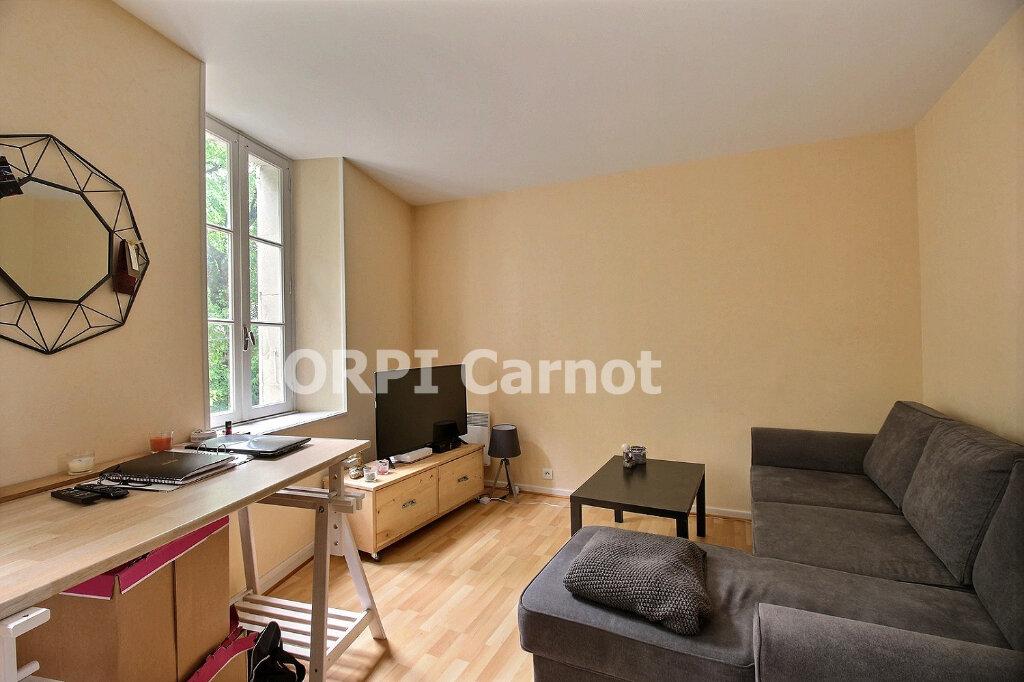 Appartement à louer 2 34m2 à Labruguière vignette-2