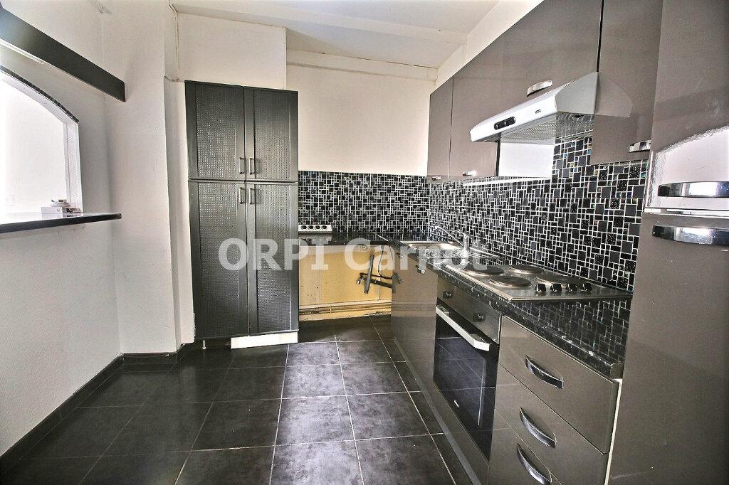 Appartement à louer 3 78.01m2 à Castres vignette-2