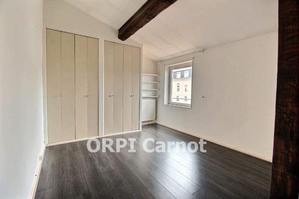 Appartement à louer 3 78.01m2 à Castres vignette-5