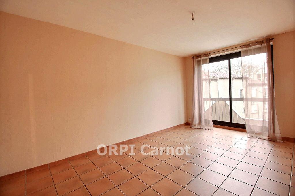 Appartement à louer 2 46m2 à Castres vignette-1