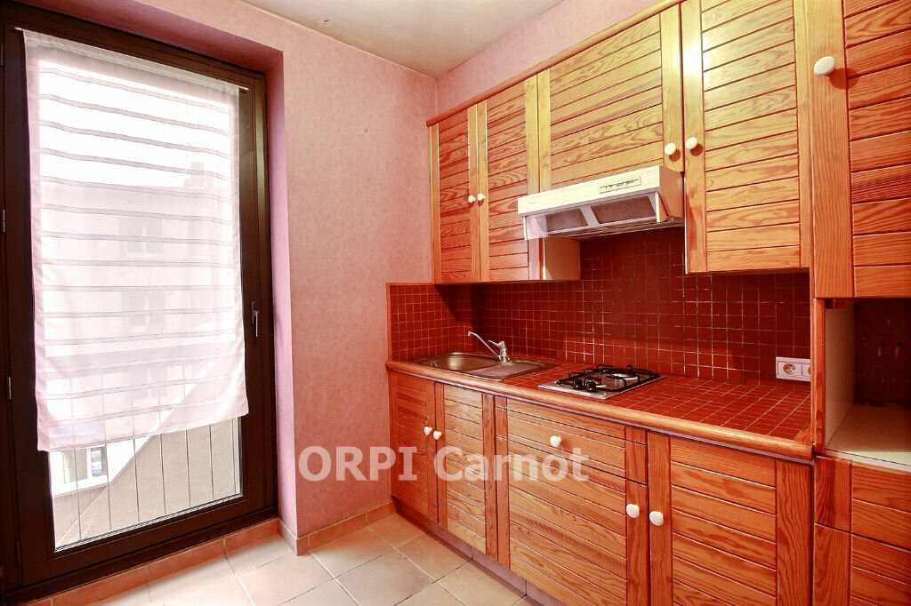 Appartement à louer 2 46m2 à Castres vignette-2