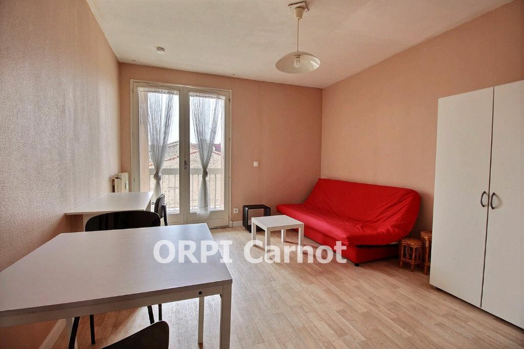 Appartement à louer 1 18m2 à Castres vignette-5