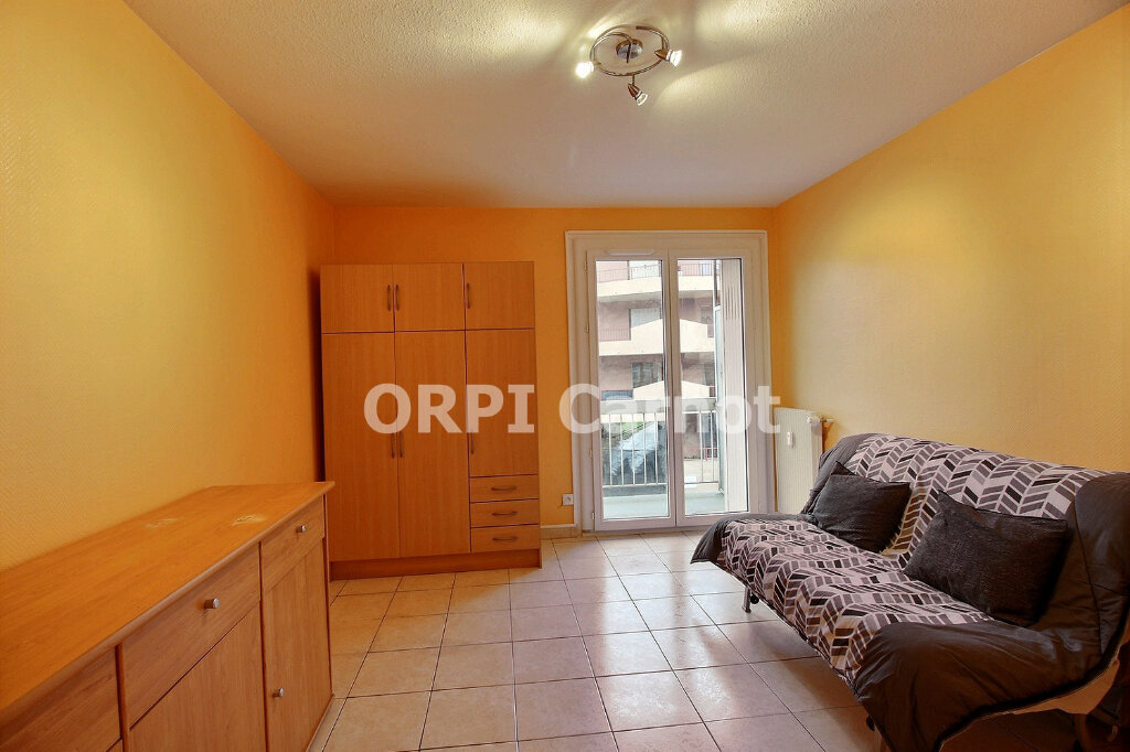 Appartement à louer 1 18m2 à Castres vignette-2