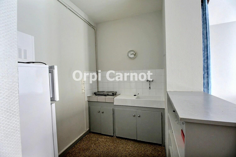 Appartement à louer 1 27.9m2 à Castres vignette-3