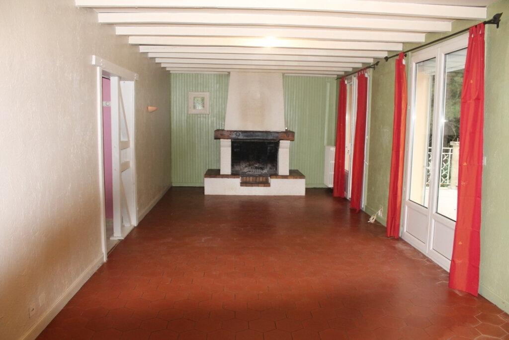 Maison à louer 5 180m2 à Saïx vignette-3