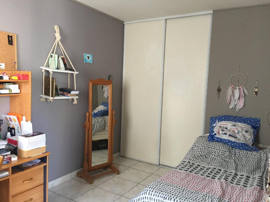Appartement à louer 2 33m2 à Burlats vignette-1