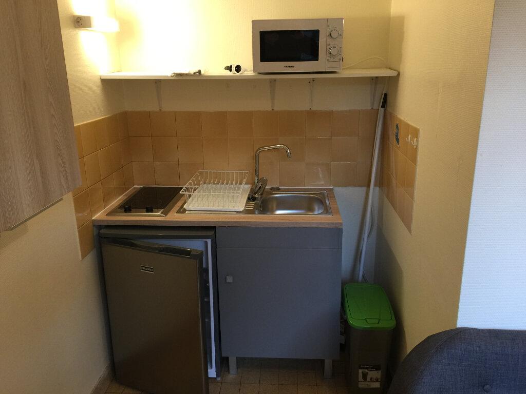 Appartement à louer 1 20m2 à Castres vignette-2
