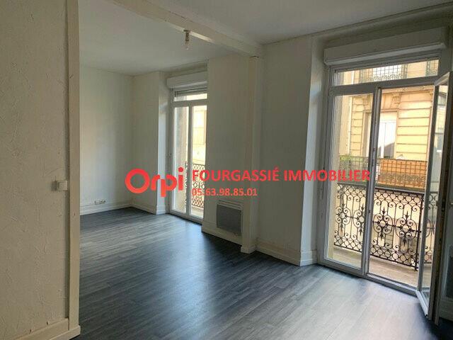 Appartement à louer 2 52m2 à Mazamet vignette-1