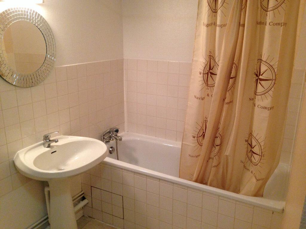 Appartement à louer 2 45m2 à Castres vignette-7