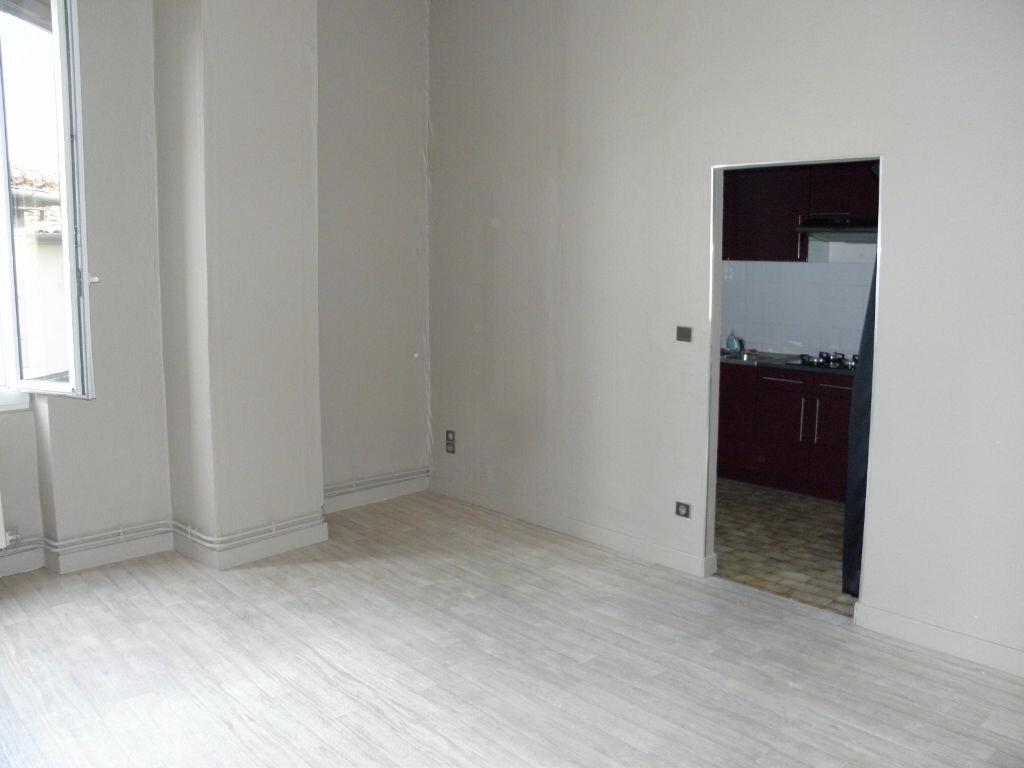 Appartement à louer 3 52m2 à Castres vignette-2