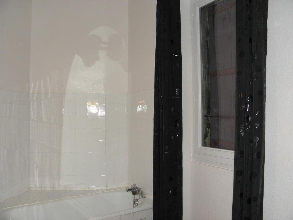 Appartement à louer 3 52m2 à Castres vignette-4